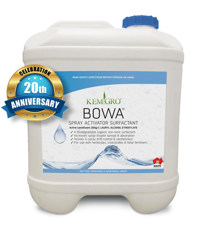 Kemgro Crop Solutions Bowa 20 Litre product, to assist organic fertilizer, with 20th Anniversary badge for About page.